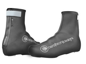 black neoprene shoe covers