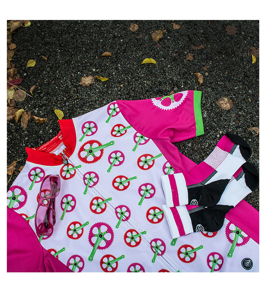 cycling accessories in pink